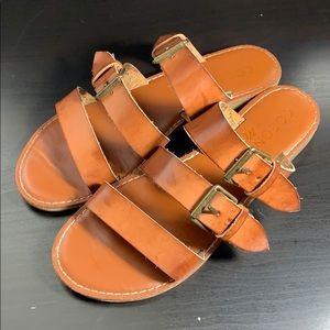 Shoes - 3 straps sandals